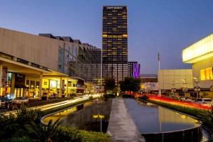 Hyatt-Regency-Andares-Guadalajara-building-facade-night-view